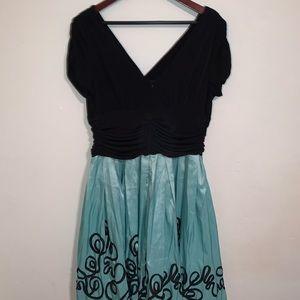 SL Fashion Vintage Black and Blue/Green Dress